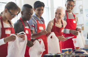 3 Unique Ways to Engage Volunteers During the Holiday Season